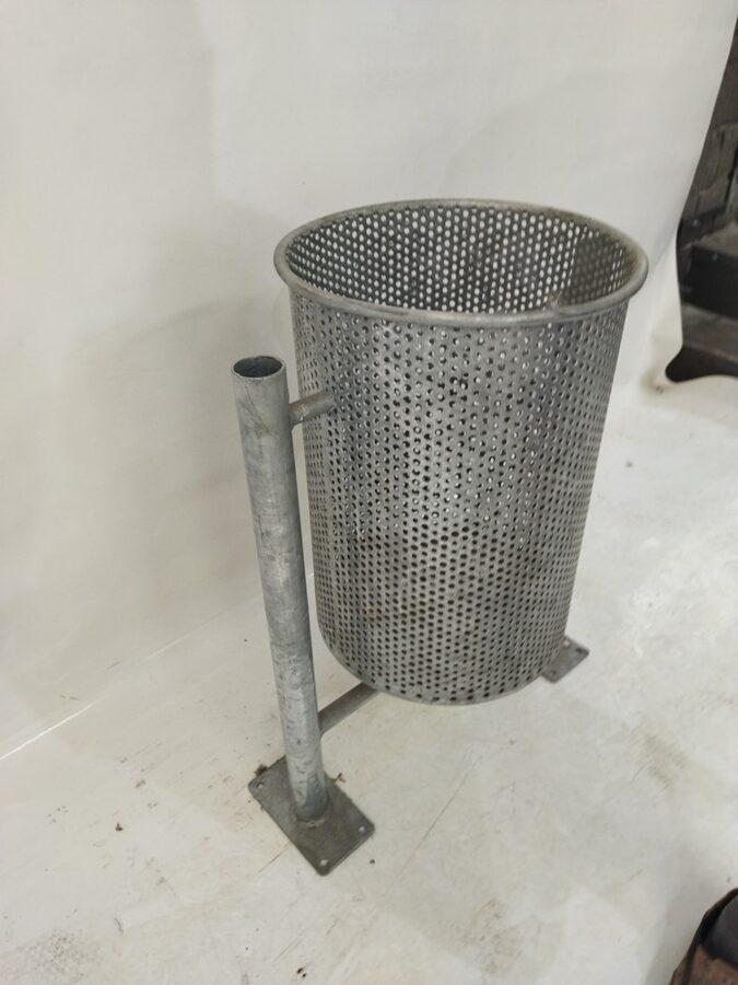 Cinkota atkritumu urna